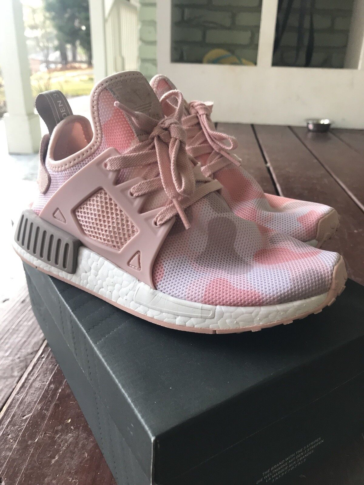 Addidas nmd xr1 Pink Duck Camo Womens Size 5.5