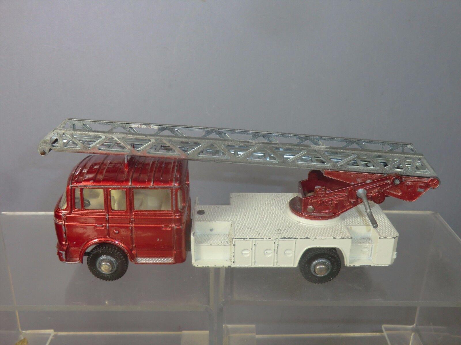 Schäbiges supervibros modell no.956 berliet drehscheibe feuerleiter