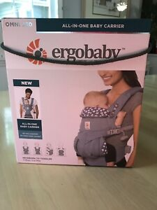 Ergo-Baby-Omni-360-All-In-One-Baby-Carrier-7-33-lbs-Blue-Daisies