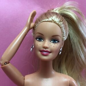 Barbie JOINTED ELBOW KNEE Nude GG CEO Face Blonde Side