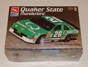 Amt Ertl Quaker State Thunderbird Nascar Stock Car Model Kit