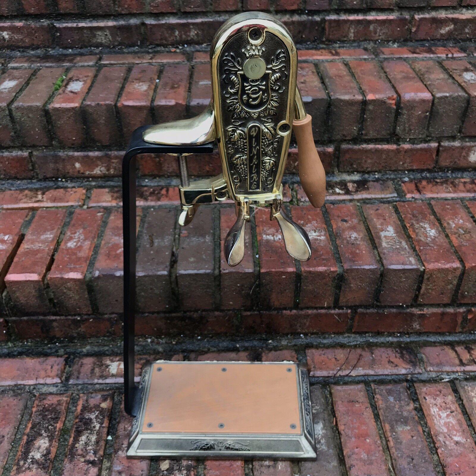 Vinaire Wine Bottle Opener Lever Arm Crank Corkscrew Bar Stand Restaurant Brass