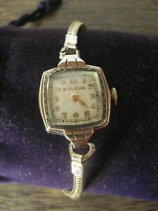 Belle montre ancienne de dame de marque Bulova époque Art Déco