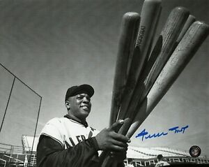 WILLIE-MAYS-HOF-SIGNED-8X10-PHOTO-AUTO-AUTOGRAPH-SAY-HEY-AUTHENTICATED-GIANTS