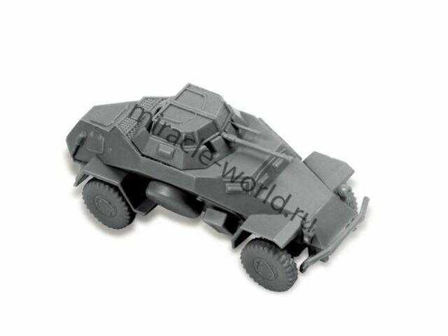 ZV6157 Zvezda 6157 1//100 Sd.Kfz.222 Armored Car Plastic Model Kit