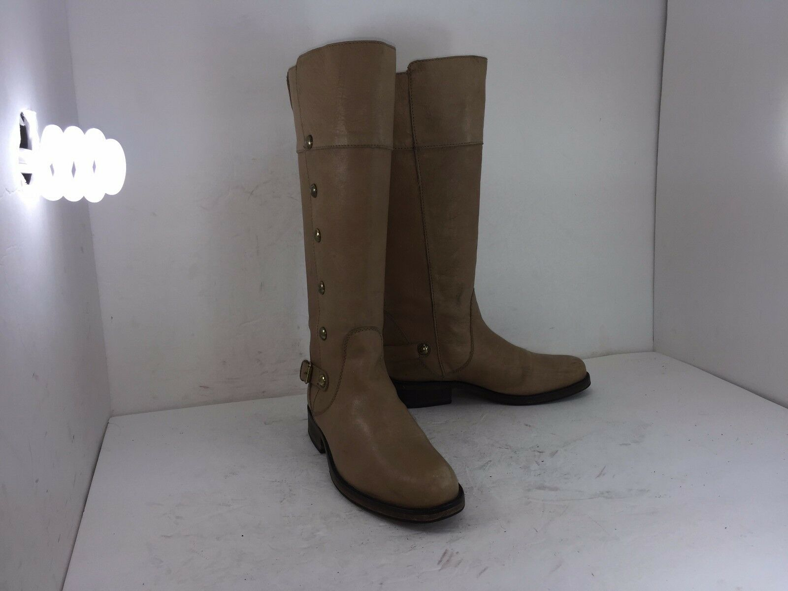 STEVE MADDEN RIDING BOOTS OLSTER BOOTS BEIGE SZ 7.5 IN GREAT CONDITION