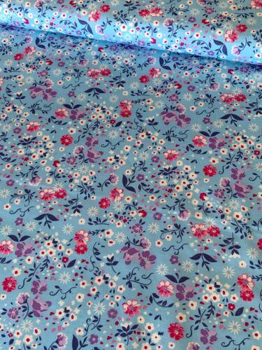 112cm de ancho Flores Azules Algodón Popelín patchwork confección Rose /& Hubble
