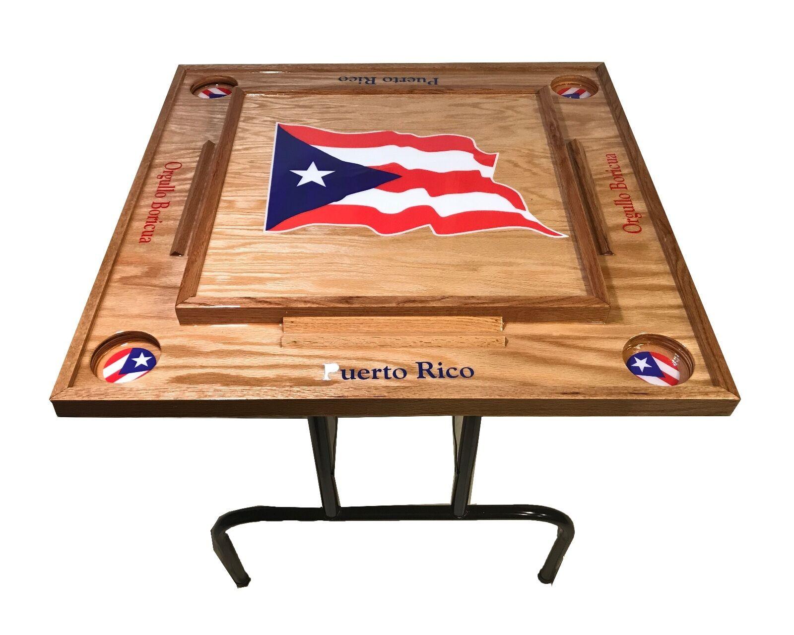 Puerto Rico Domino table avec le drapeau