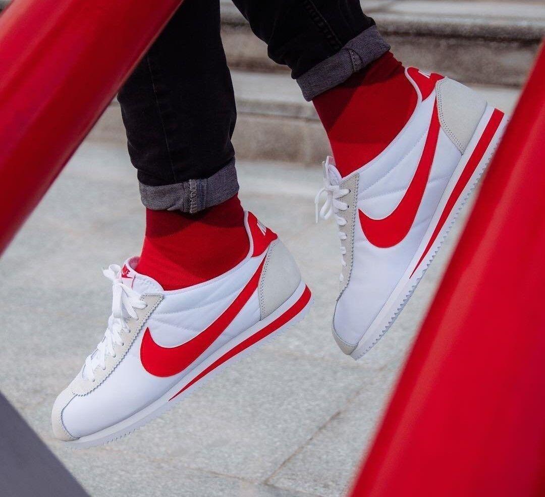 BNWB & Auténticas Nike ® Blanco Classic Cortez Nylon Blanco ® Y Rojo Zapatillas Talla 8.5 116572