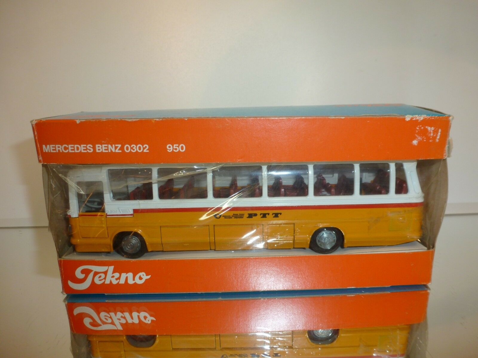 TEKNO HOLLAND 950 MERCEDES O302 - SWISS PTT 1 50 - VERY GOOD IN BOX