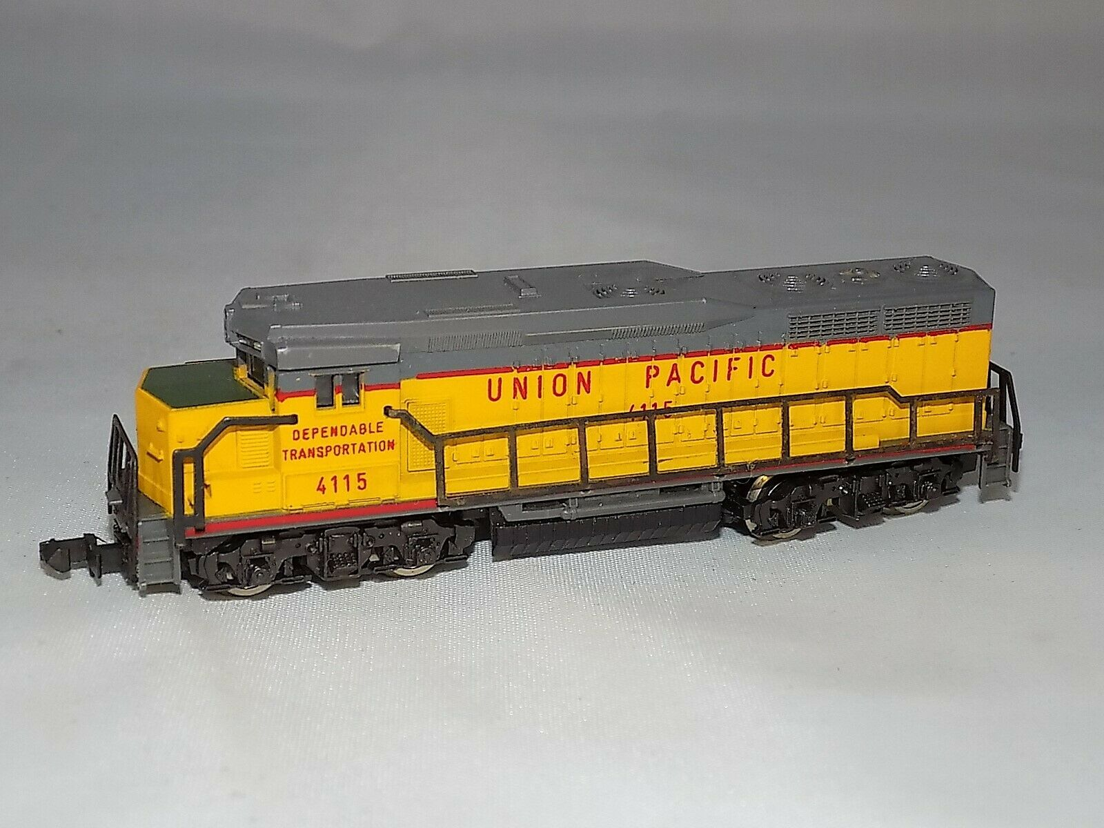 N Scale LIMA GP Unit Union Pacific #4115 Diesel Locomotive