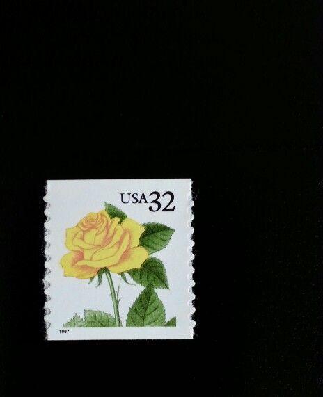 1997 32c Yellow Rose, Coil Scott 3054 Mint F/VF NH