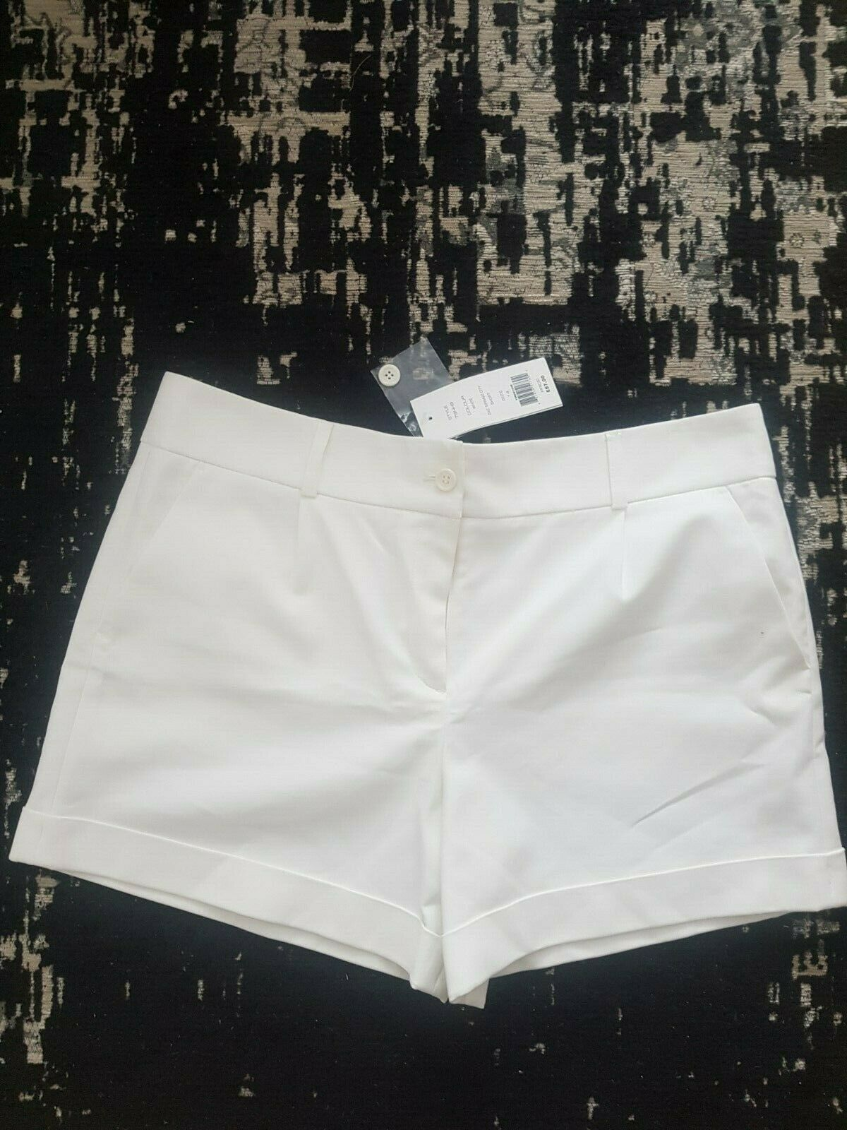 French Connection shorts off white Size UK14. NEW