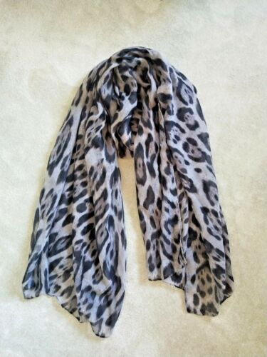 Women Large Grey Leopard Animal Print Lightweight Soft-touch Everyday Scarf UK