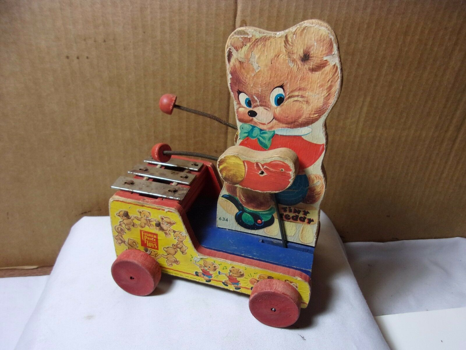 Fisher Price Toys Tiny Teddy Musical Wood Pull Pull Pull Toy Scarce Early Version 634   T 2c5847