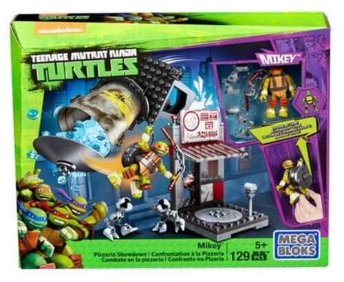 Mega Bloks Teenage Mutant Ninja Turtles Mikey Pizzeria Showdown