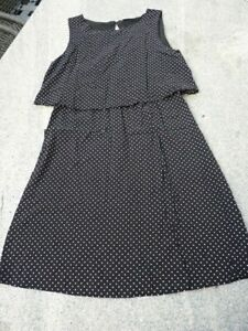 Süßes Kleid von Pigalle schwarz mit weißen Tupfen Gr. 36 ...