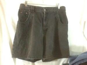 Nice-Woman-039-s-Sz-14-ZENA-JEANS-Black-Denim-5-Pkt-Jean-Mom-Shorts-pre-owned