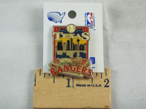 MAJOR LEAGUE BASEBALL PIN TEXAS RANGERS ON CARD