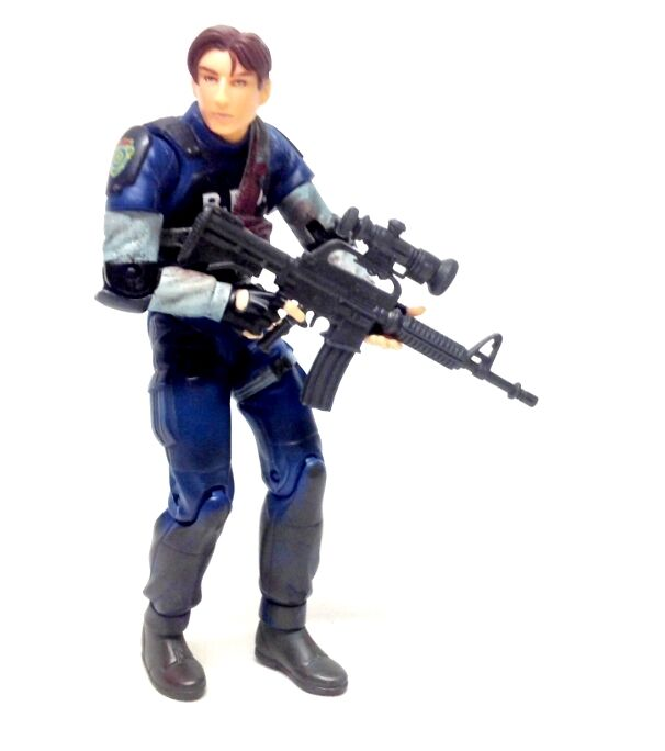 Resident Evil 6  LEON KENNEDY (injured) horror video game figure wii xbox ps3