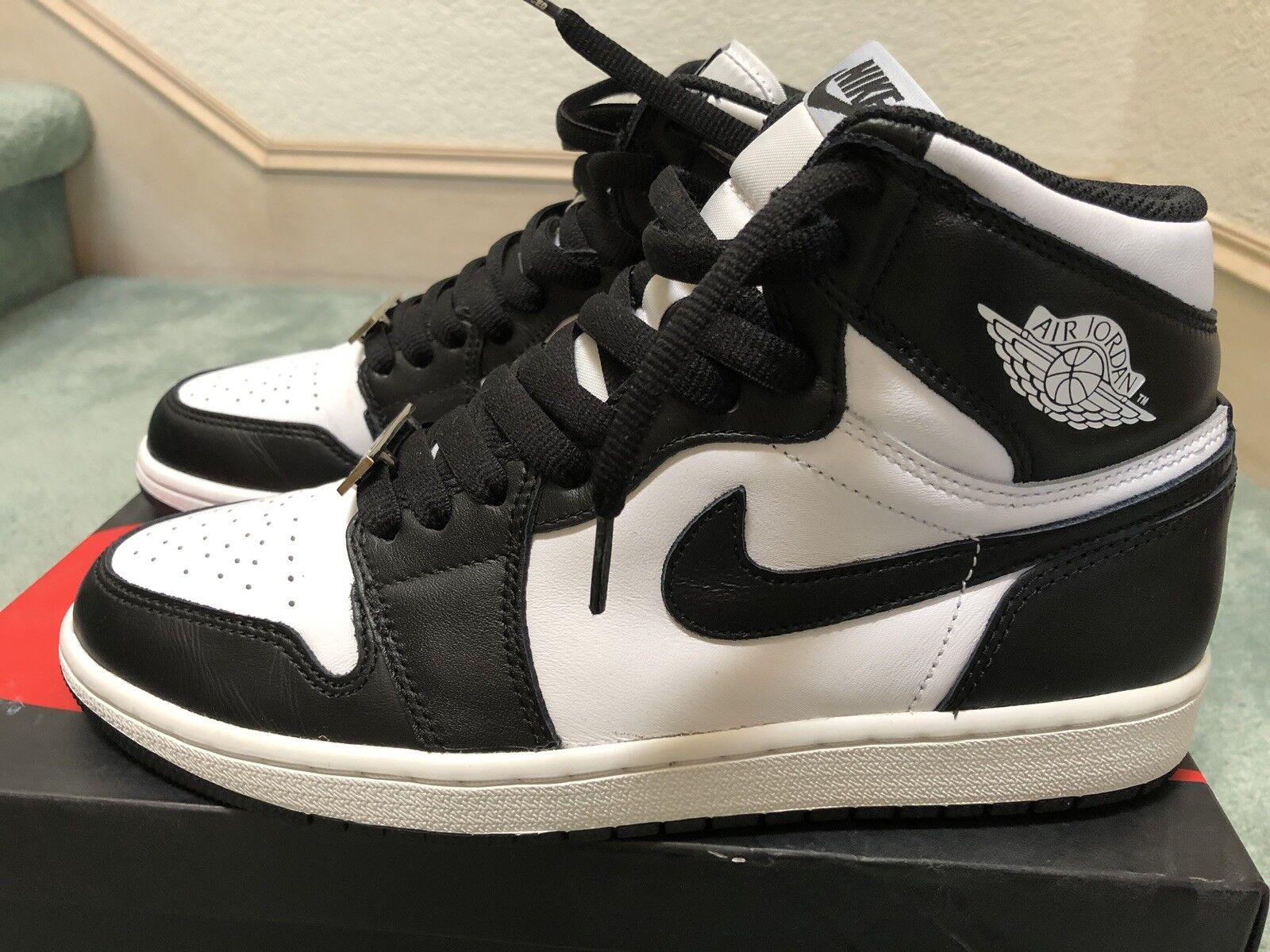 Nike Air Jordan 1 Retro High OG Black White Size 8.5 Mens Oreo