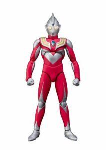 Ultra-act Ultraman Tiga Puissance Type Figurine Articulée Bandai Tamashii