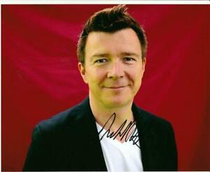 Rick-Astley-Colour-10-034-x-8-034-Signed-039-Studio-Pose-039-Photo-UACC-RD223