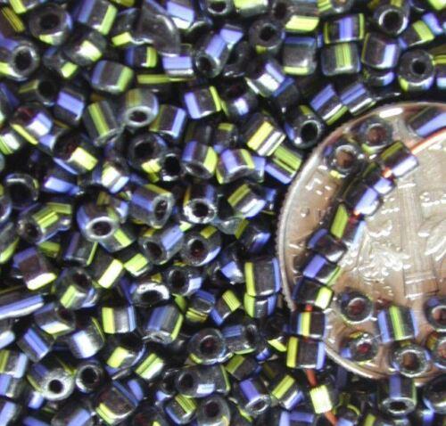 Vintage Antique HUDSON BAY Black White Blue Yel Italian Glass Trade Beads 2ozLOT