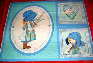 HTF-BN-Vtg-2005-Holly-Hobbit-Quilt-and-Pillow-Cotton-Panel