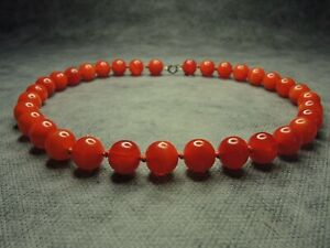 Vintage-Czech-Bohemian-Red-Round-Beads-Glass-Necklace-Knotted