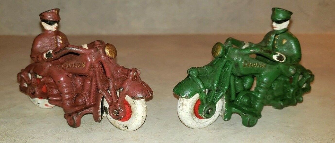 1930s Hubley Champion Cast Iron Motorcycle Police Police Police Set of 2 reproductions 389294