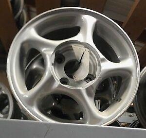 Details About Hyundai Tiburon 1997 1999 Wheel 15x6 Alloy Black Hyundai Insignia