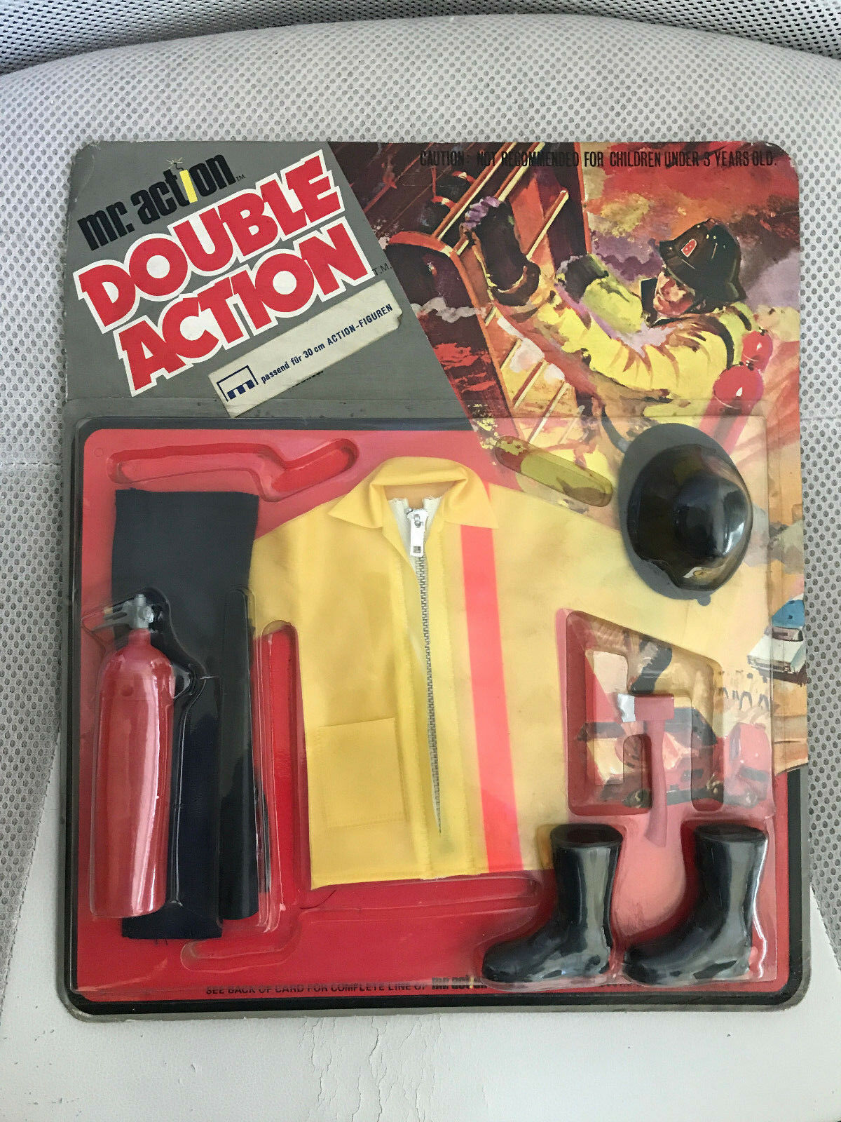 MOC VINTAGE GI JOE MR DOUBLE DOUBLE DOUBLE ACTION TEAM MAN FIREFIGHTER  UNPUNCHED CARD 2818b7