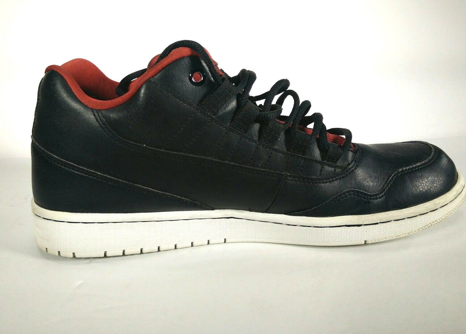 Black and red Air Jordan Nike size 12 833313-001 low basketball Shoes Men Wild casual shoes