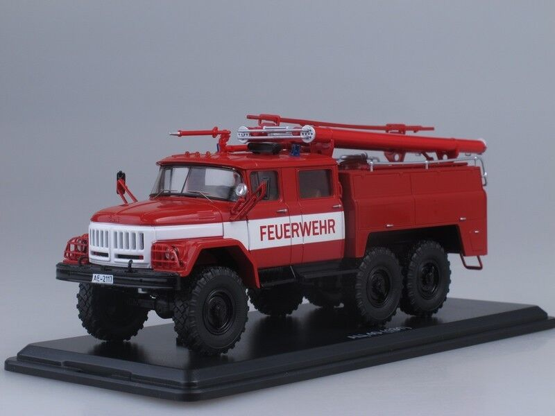 RARE  ZIL 131 Fire Allemagne CAMION FEUERWEHR  SSM 1083 1 43  abordable