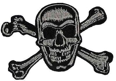 Patch écusson brodé patche Pirate skull thermocollant tete de mort