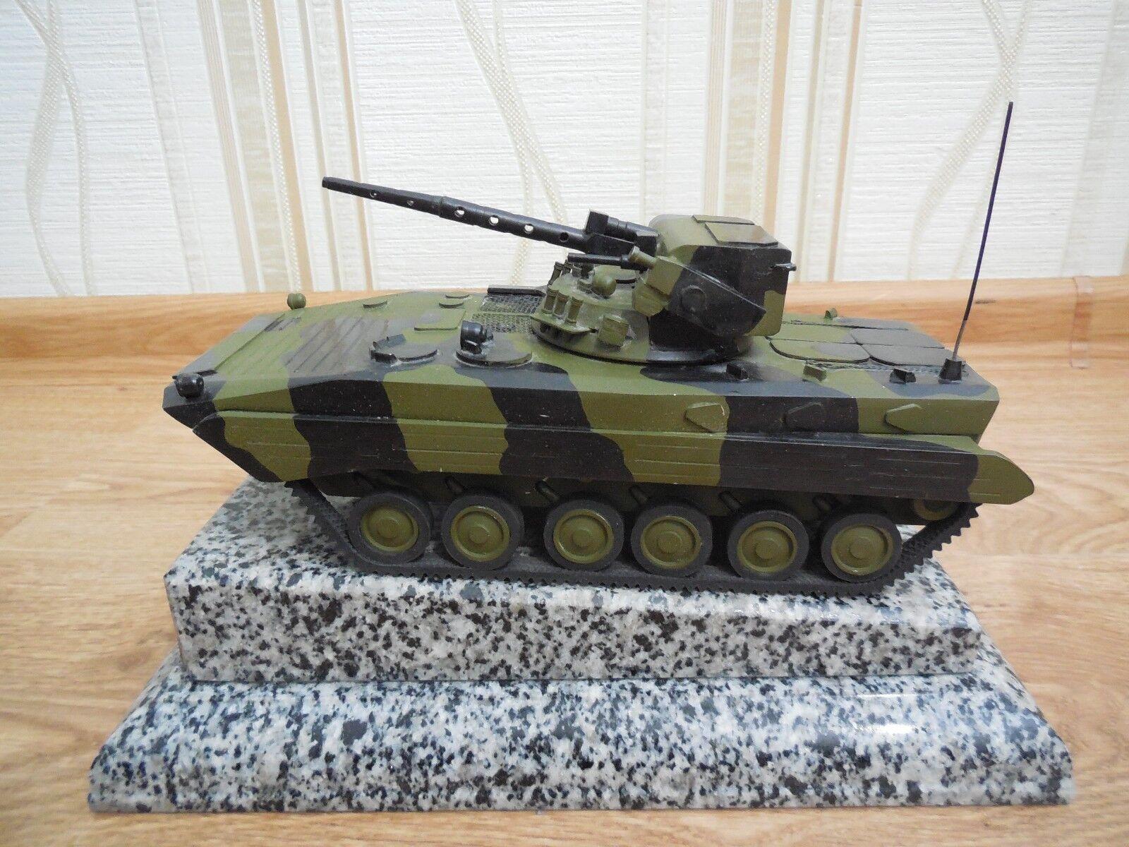Collectible metal Tank BMP IFV DESK TOP MODEL militaria armée Tank