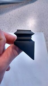 "Black w// set screw Aluminum Pack of 7 1//2/"" Angled  Baluster Shoe"