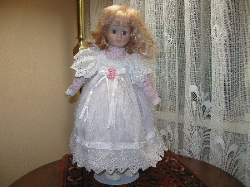 Vintage Porcelain Doll Christine 39 CM Europe