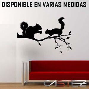 vinilo-casa-pared-ardillas-animales-decoracion-arbol-naturaleza-ENV-24-48h