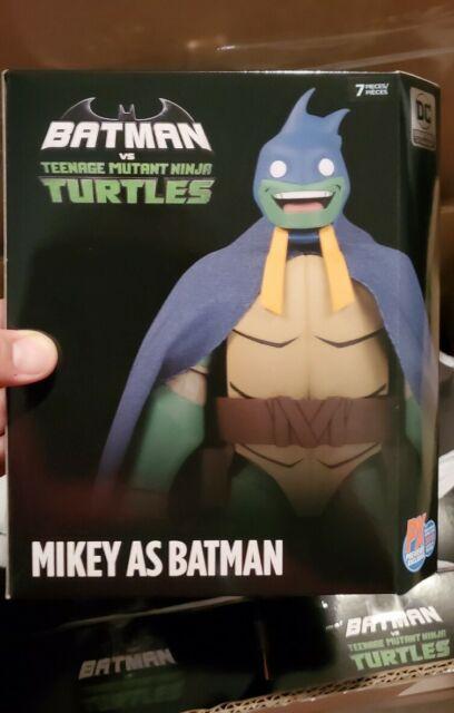 Sdcc 2019 Dc Comics Tmnt Michaelangelo As Batman Figure For Sale Online Ebay