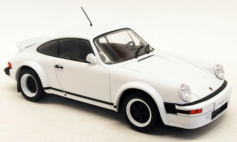 Ixo 1   18 modell auto 18cmc007 - 1982 porsche 911 rennen version - weiße