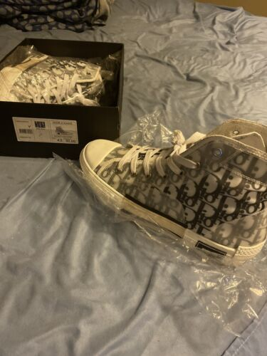 Dior Shoes B23