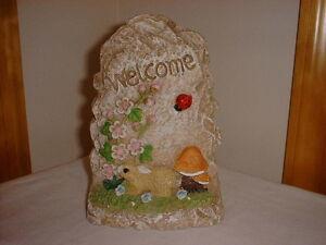 Garden-WELCOME-Marker-Decoration-6-034-X-4-034-Bunny-Ladybug-Flowers-House-BRAND-NEW