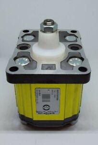 NEW/OPEN BOXVivolo Unidirectional Hydraulic Pump Dia. 36.5 Vivoil XV-P2 47 02 E