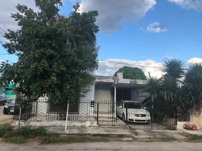 Casa en venta en esquina en la Col. Aleman, Yucatán