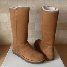 8b23de7a637 UGG Abree II Leather Bruno Fully Lined BOOTS Womens Size 11 US for ...