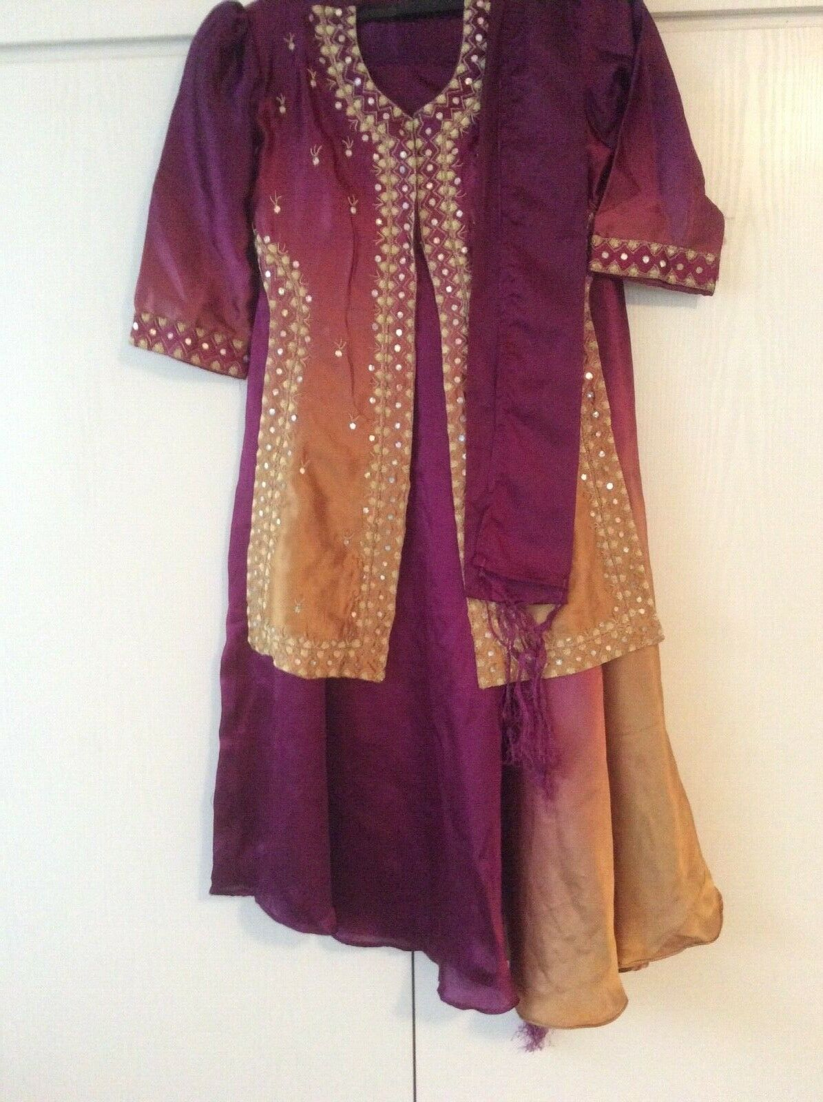 Girls Indian outfit size 34