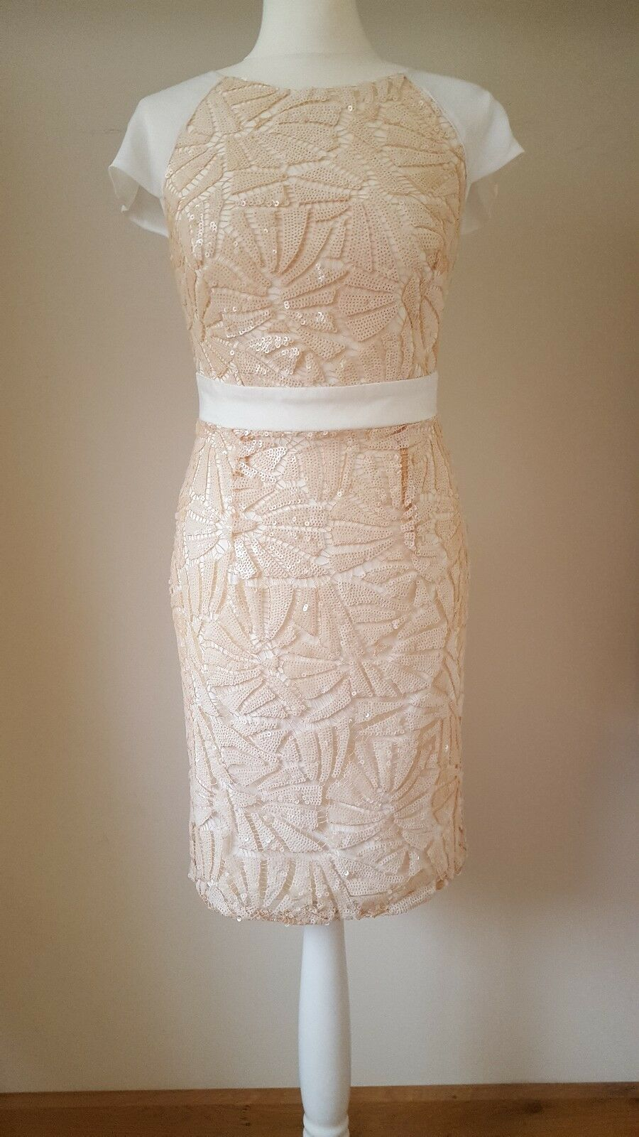 c7c65ce65f2 Lipsy VIP All Over Textured Sequin Sequin Sequin Embellished Cut Out Shift  Dress UK10 RRP 6c4925