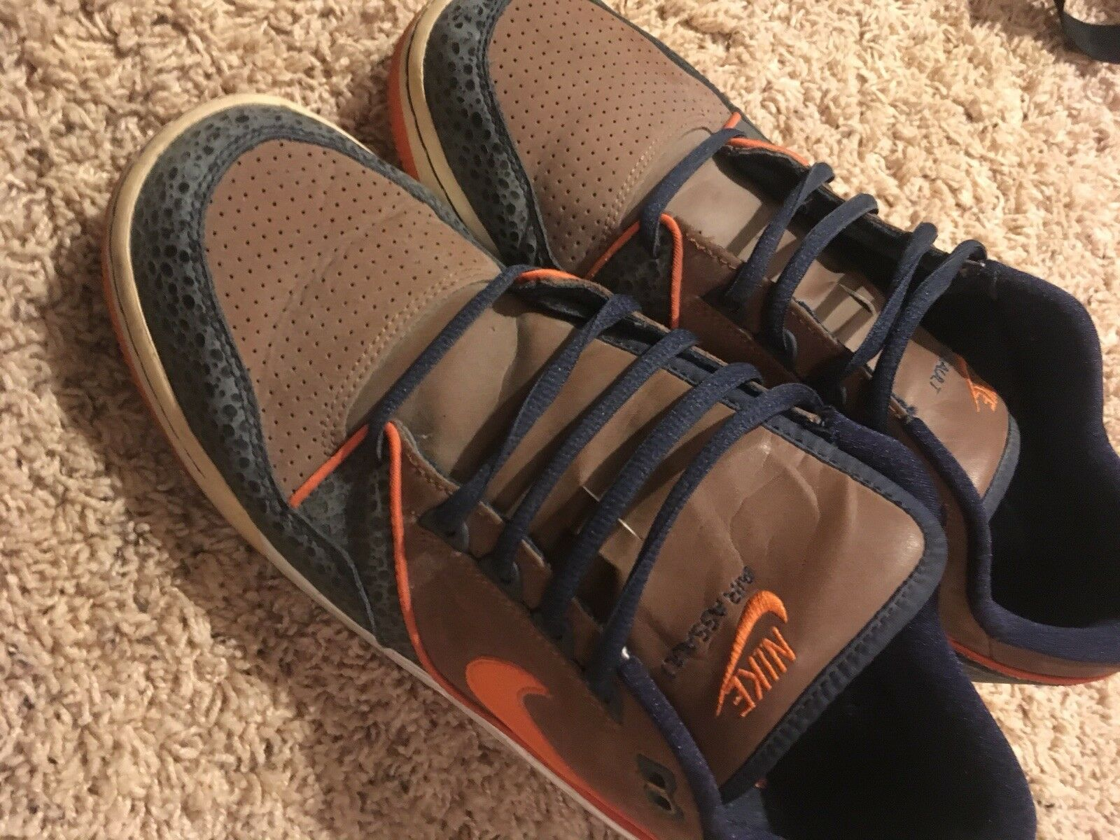 Nike AIR MAX ASSAULT Price reduction - Rustic / Orange / Obsidian The latest discount shoes for men and women